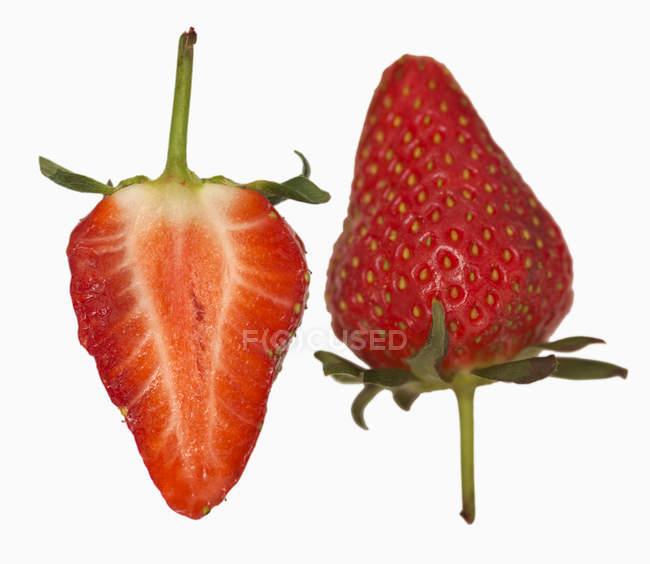 Fresa fresca madura - foto de stock