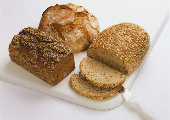 Different sorts of bread — Stock Photo