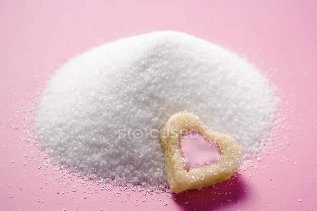 Biscoito em forma de coração — Fotografia de Stock