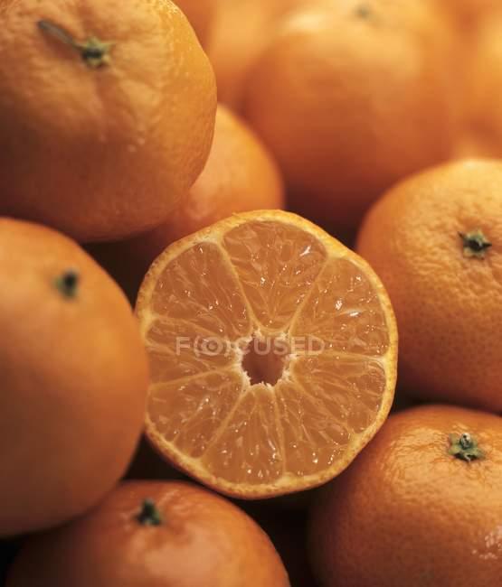 Fresh ripe tangerines — Stock Photo