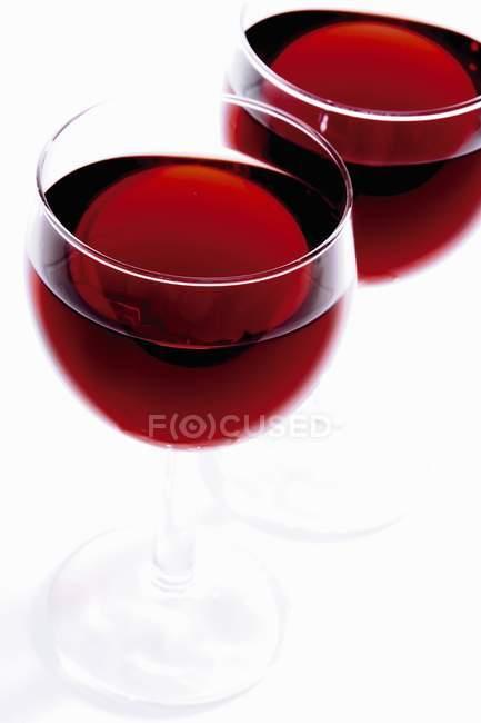 Бокалы красного вина — стоковое фото