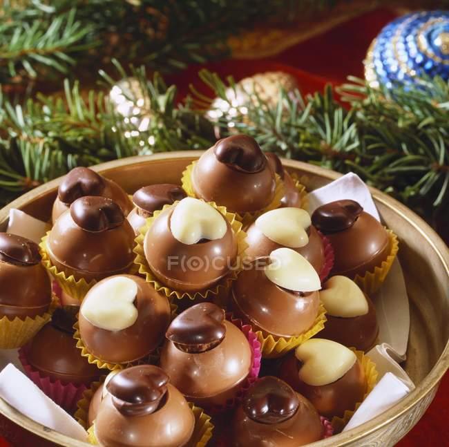 Trufas de chocolate elegante - foto de stock