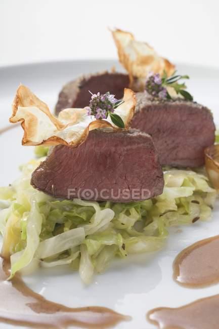 Filé de carne de veado assado — Fotografia de Stock