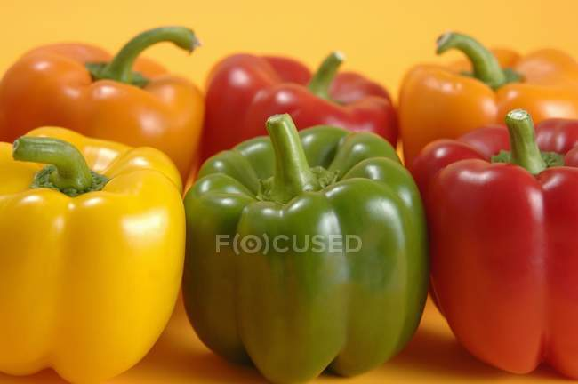 Colorful ripe bell peppers — Stock Photo