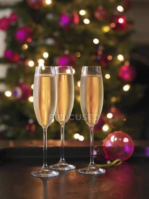 Elegant glasses of champagne — Stock Photo