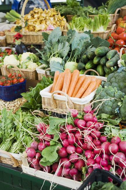 Market stall with various kinds of vegetables — Stock Photo