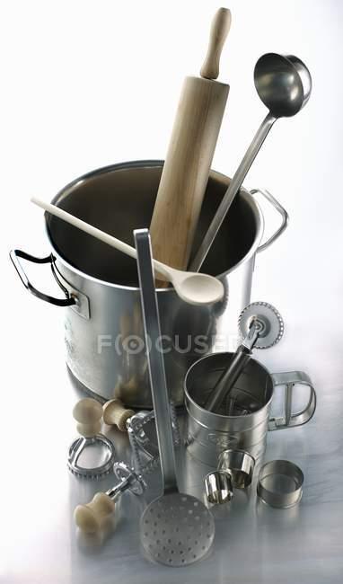 Various utensils for making pasta — Stock Photo