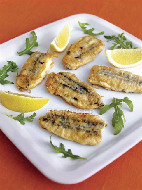 Stuffed fried anchovies — Stock Photo
