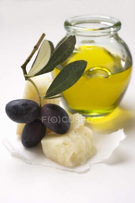 Parmesan et huile d'olive — Photo de stock