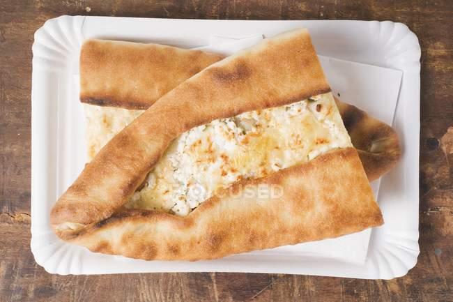 Focaccia con turco con formaggio — Foto stock