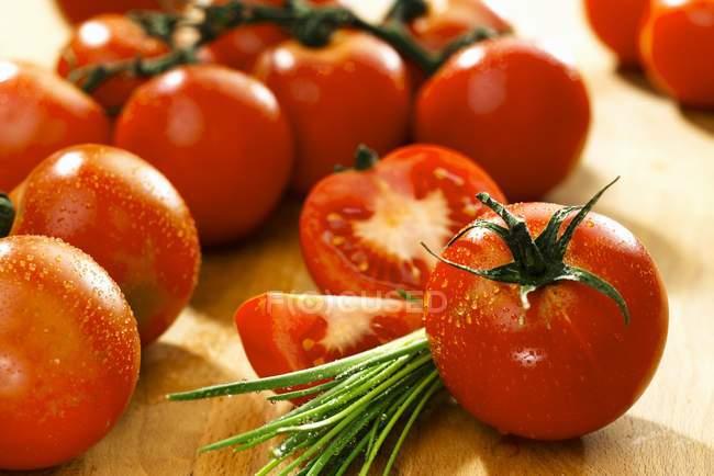Freshly washed tomatoes — Stock Photo