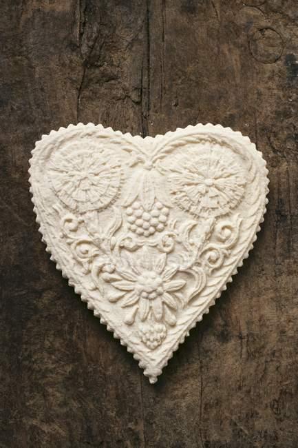 Печенье Springerle в форме сердца — стоковое фото