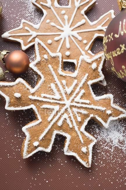 Пряник снежинки с Фенечки — стоковое фото