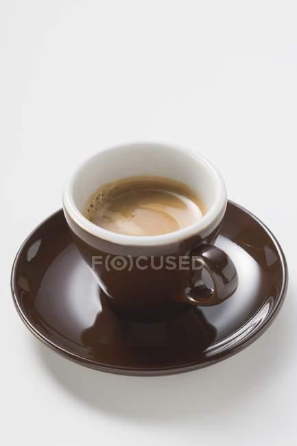 Tazza di espresso con crema — Foto stock