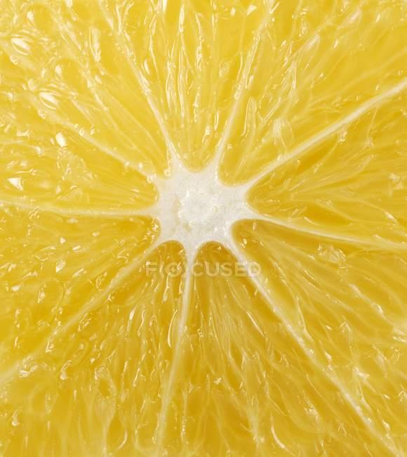 Cut surface of lemon — Stock Photo