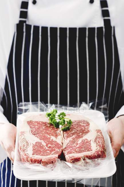 Два яловичини стейки — стокове фото