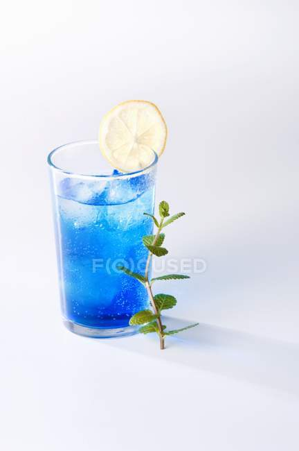 Cocktail Blue Moon — Foto stock