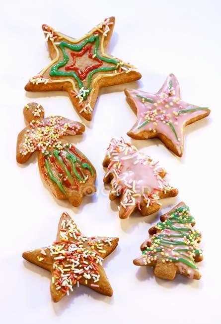 Украшенные пряники печенье — стоковое фото