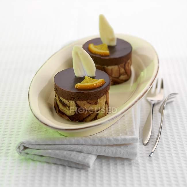 Schokolade und Orangen-Törtchen — Stockfoto