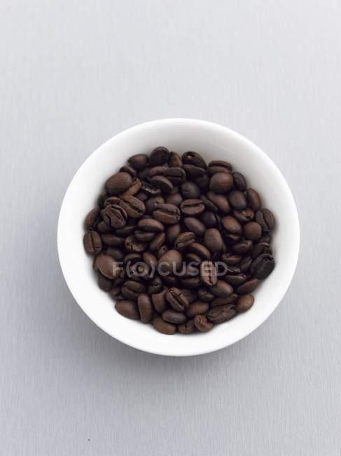 Cuenco de granos de café - foto de stock