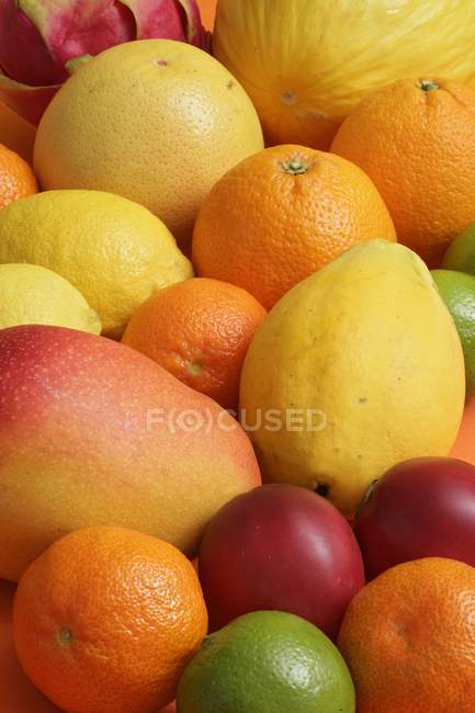 Assorted tropical fruits — Stock Photo