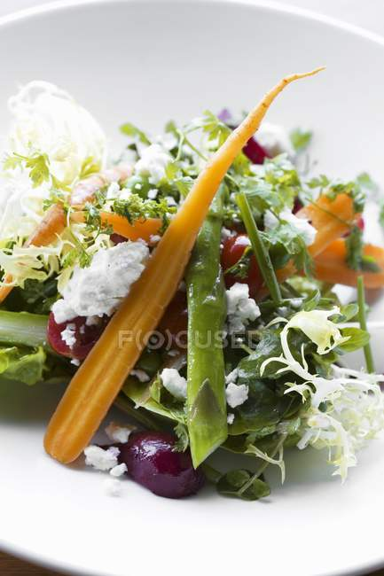 Beets and Feta on plate — Stock Photo