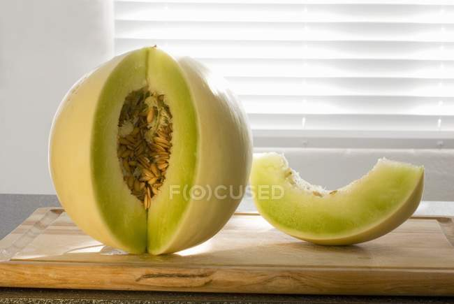 Melão com sementes — Fotografia de Stock