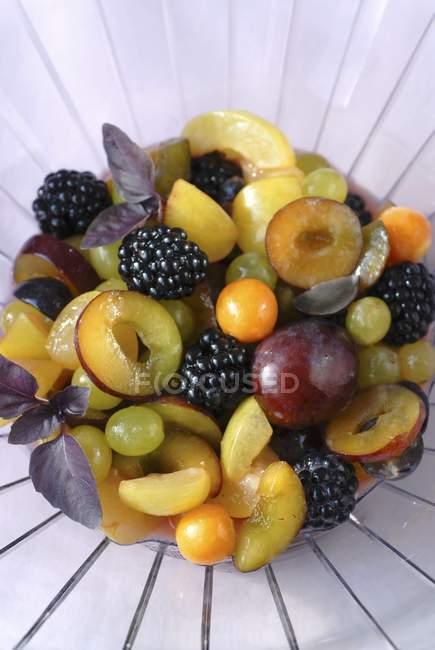 Fruit salad on plate — Stock Photo