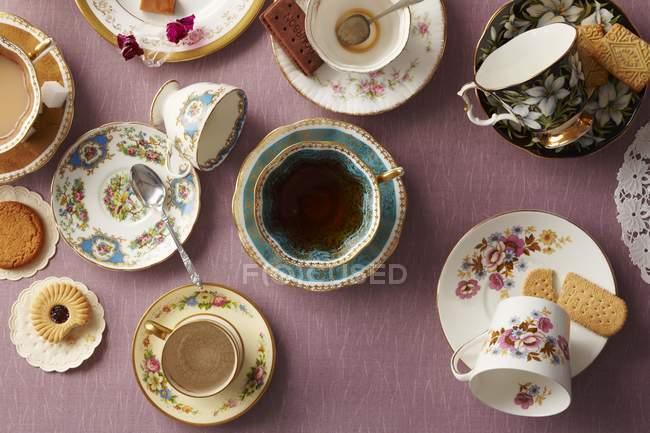 Ассорти из английский чай чашки — стоковое фото