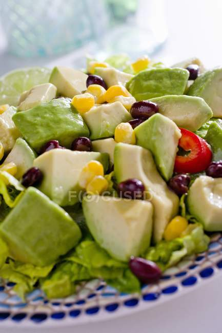 Insalata di avocado fresco — Foto stock