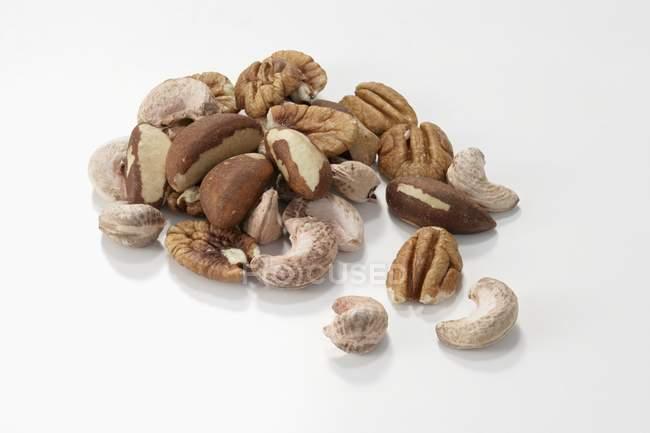 Gemischte geschälte Nüsse — Stockfoto