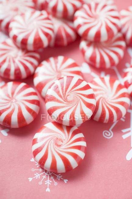Striped red and white peppermints — Stock Photo