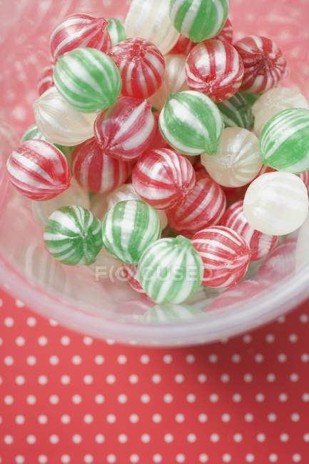 Peppermints sortidas em tigela — Fotografia de Stock