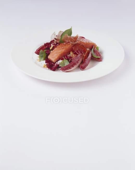 Salmone in piastra — Foto stock