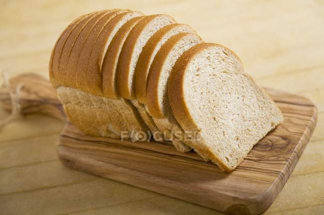 Loaf of Sliced Wheat Bread — Stock Photo