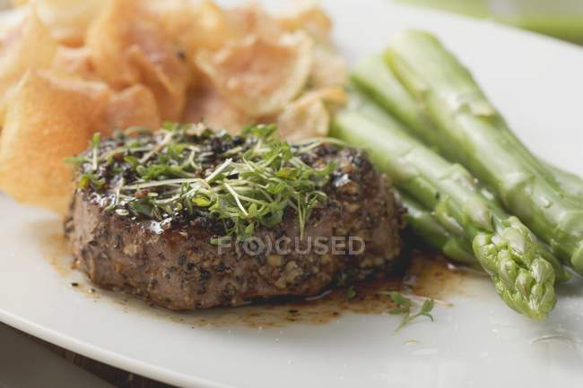 Peppered steak with cress — Stock Photo
