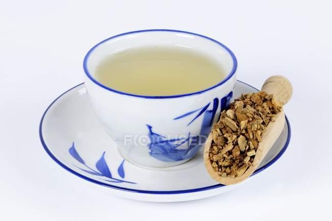 Aucklandia Wurzel Tee — Stockfoto