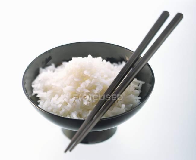 Bowl of cooked jasmine rice — Stock Photo