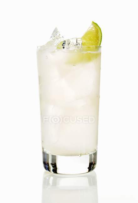 Wodka-Cocktail in Longdrinkglas — Stockfoto