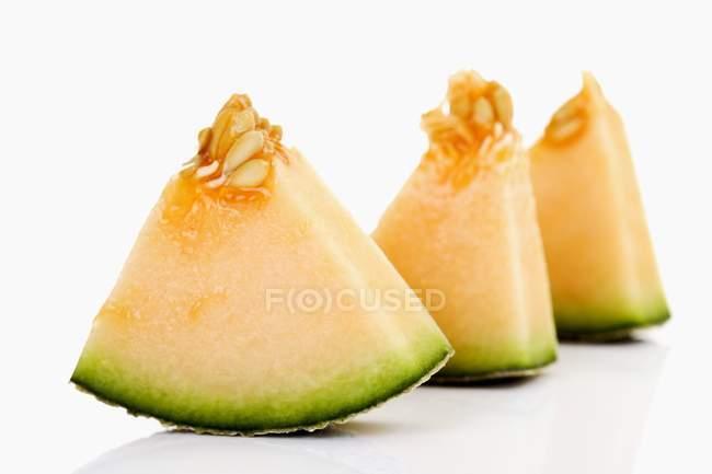 Pedaços de melão Galia — Fotografia de Stock