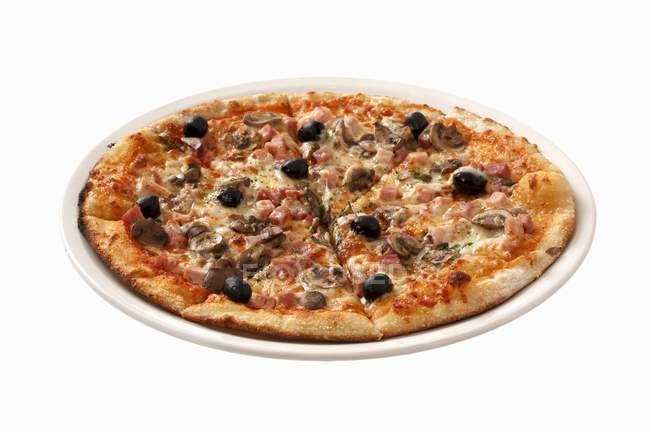 Ham and mushroom pizza — Stock Photo