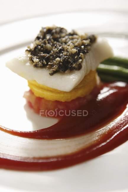 Смажені cod на пюре солодкий картопля — стокове фото