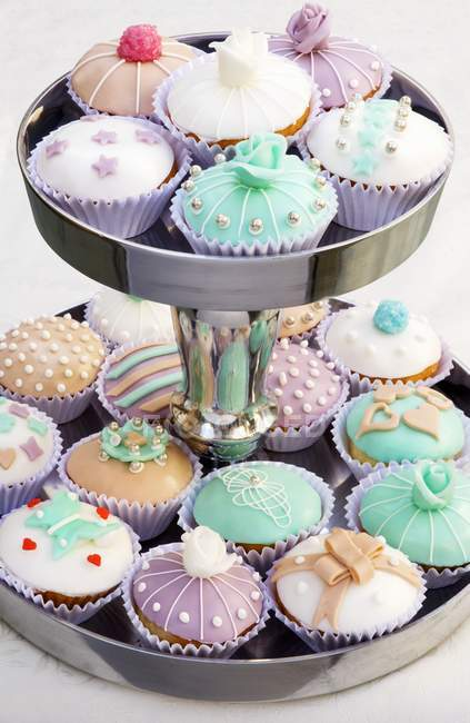 Cupcakes na posição hierárquica — Fotografia de Stock