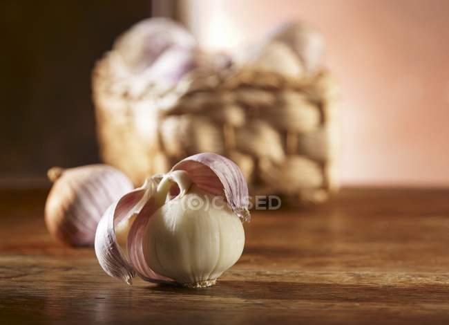 Bulbos de ajo chinos - foto de stock