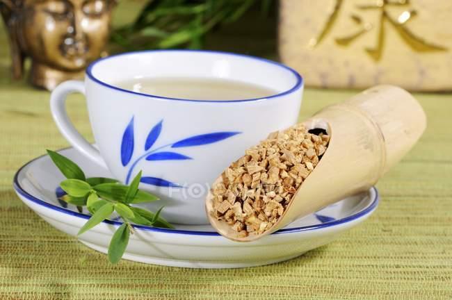 Vogelmiere Wurzel Tee — Stockfoto