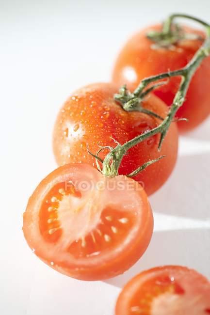 Organic Vine Ripened Tomatoes — Stock Photo
