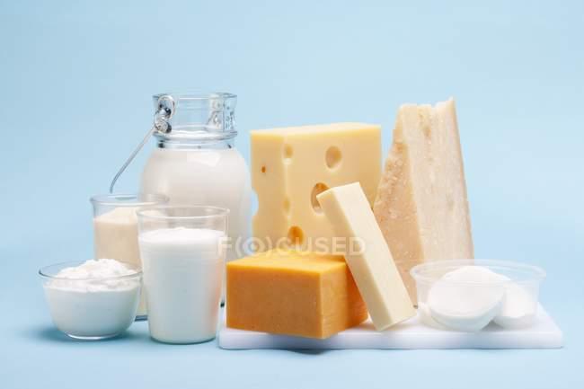 Diversos productos de leche - foto de stock