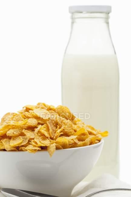 Cornflakes in white bowl — Stock Photo