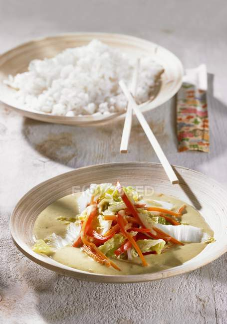 Chinese cabbage curry with rice — Stock Photo