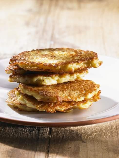 Стек картофеля Торты — стоковое фото